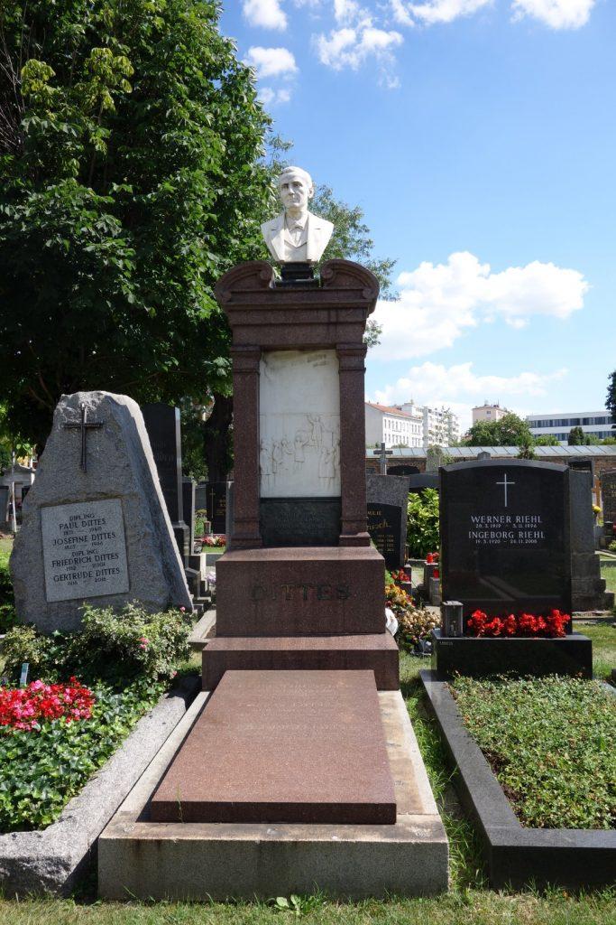 Friedrich DITTES